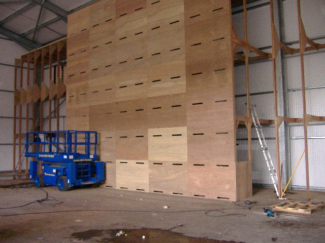Suction wall under construction